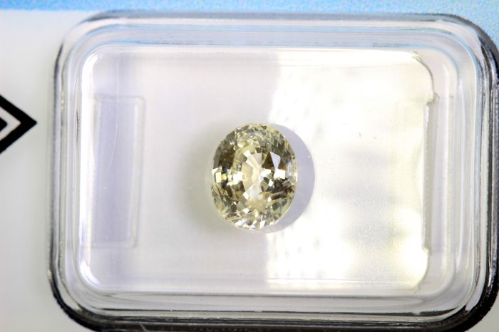 Light Yellow Sapphire – 1.56 ct – No Reserve Price