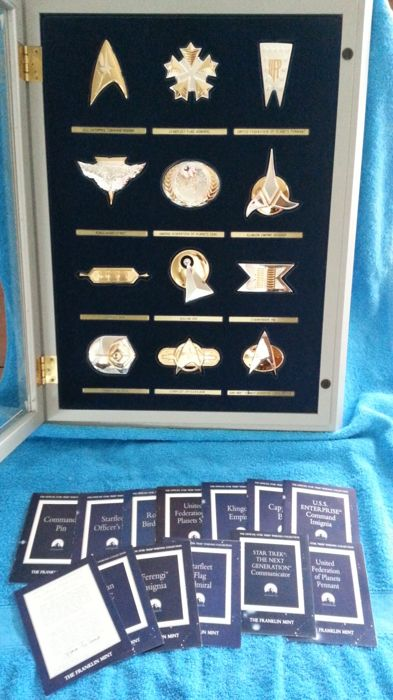 "Franklin mint "" the official star trek insignia collection "" , coa"