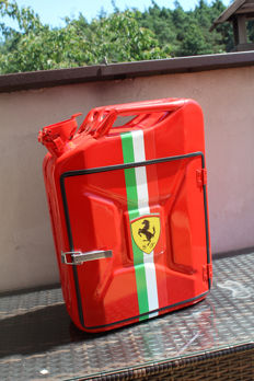 Ferrari - Jerrycan - Red Canister Bar