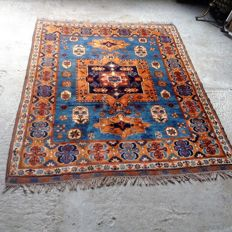 Anatolia Kazakh Yuruk – made in Turkey – Hand-knotted – 175 x 130 cm – Wool on wool – dates from around 2000.