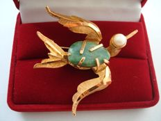 14K Gold plated large sparrow bird brooch with Genuine Jade and cultivated pearl, vintage 1970's