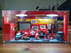 Ferrari workshop with 330P4 diorama unicum approx 35cm x 25cm x 17cm