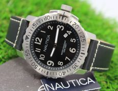 Nautica – Men's Stainless Steel Watch – new & mint condition