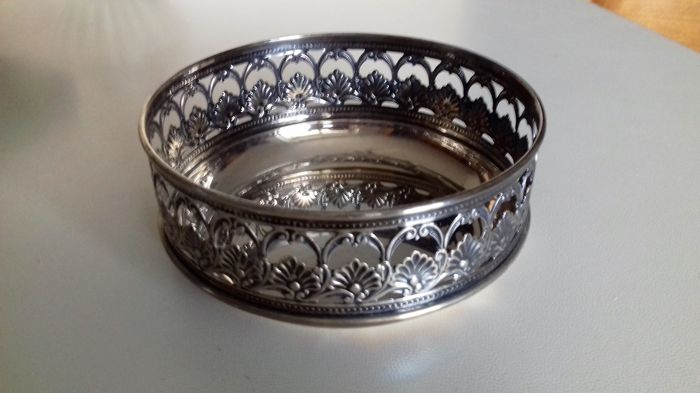 Silver Basket crafted with openwork Italy, 1970s