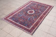 Beautiful & Original Old Persian Isfahan finely knotted  207x130 cm  circa 1950