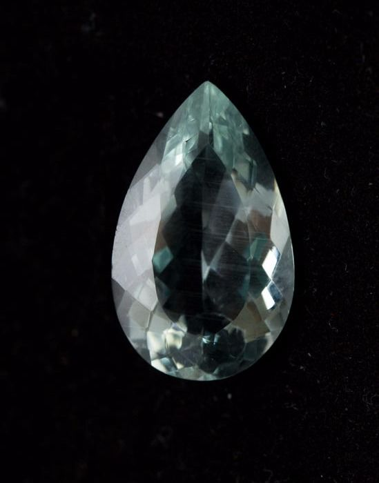 Aquamarine - Light Greenish/Bluish - 14,53 ct