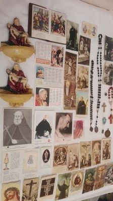 Interesting lot of various religious items: holy water stoups, holy images in sepia and die cut, relics, prayer beads and more