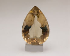 Smokey Quartz - 131,96 ct