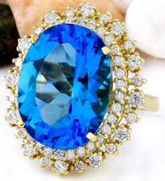 18.42 ct blue topaz and diamond ring made of 14 kt yellow gold, size 5.75