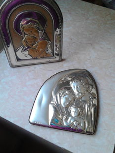 Lot consisting of 2 silver icons - the Holy Family and Madonna with Child