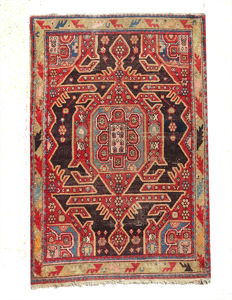 AUTHENTIC Caucasian Kazakh Rug 191x128 cm or 6.3 by 4.2