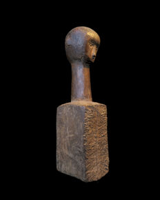 Chopping Block with carved human head - KODI People - Sumba - Indonesia