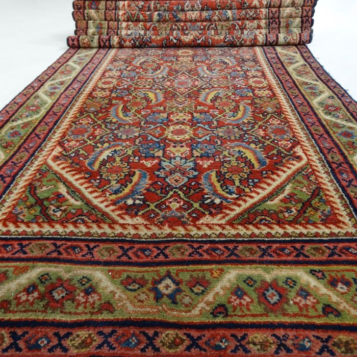 "Hamadan – 420 x 107 cm – ""Long and broad Persian runner in beautiful condition"" – With certificate"