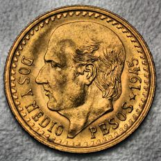 Mexico – 2½ Pesos 1945 – gold