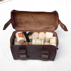 Medical bag of the Wehrmacht with contents