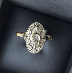 Openworked Art Deco ring, chiselled base and six rose cut diamonds