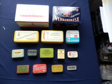 Nice collection of 14 very old cans, incl. 2 large first aid kits from the mid 1950s