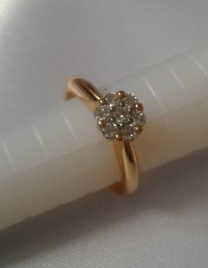 Gold 18K - diamonds - size 53 **No reserve price**