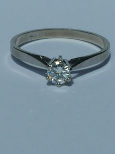 14 white gold Solitaire ring 0.22 ct Diamond - size 18
