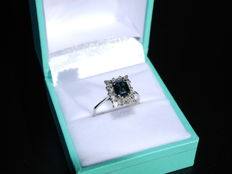 Ring 18k white gold with sapphire and diamond 0.42 ct - 17 mm ring size
