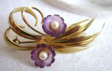 Floral brooch with amethyst and pearls made of 585 gold!No reserve price!