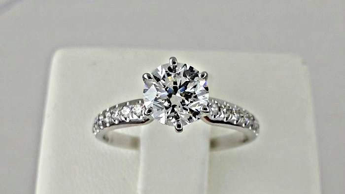 IGL - 1.25 ct VS1 round enhanced diamond ring made of 14kt white gold - size 6