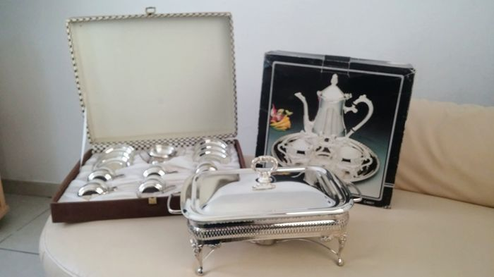 Silver plated coffee set + silver plated porcelain 6 people cups set + Silver plated buffet heater.