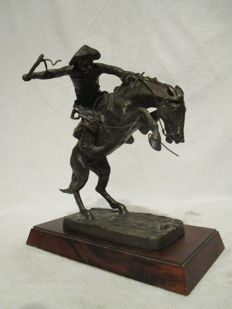 "Franklin Mint  ""The Broncho Buster"" Frederic Remington  Bronze Sculpture"