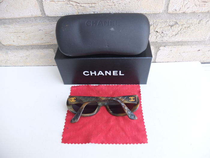 Chanel - 'Quilted' Sunglasses - Women's
