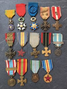 Beautiful French collection of 15 military medals