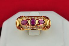 Superb Rubies(+/-1.00CT) & Diamonds (tot.+/-0.60CT F-G/VS) set on 18k Yellow Gold Ring - E.U Size 50 *Re-sizable