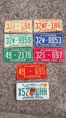 USA - 8 x original Florida license plates 1960s-1970s + wall clock