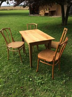 Bistro set chairs and table J & J Kohn, oak and beech - Vienna Austria - c. 1900