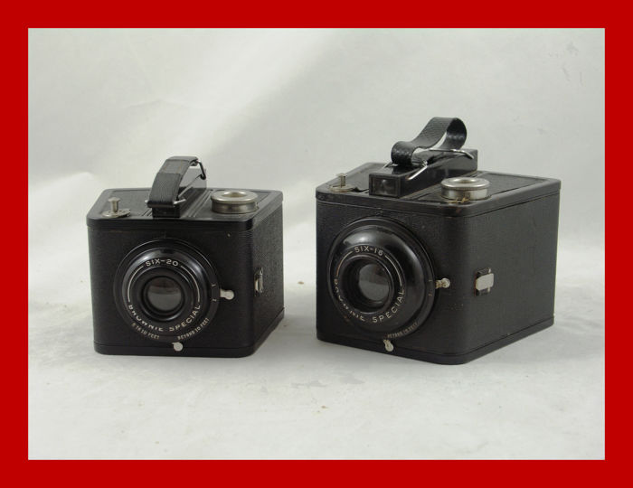 Six-20 and the Six-16 Kodak Brownie special cameras from 1938/1942