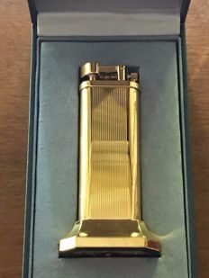 Dunhill Unique table lighter, gold plated vertical lines -Limited Edition