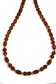 Antique natural amber necklace with gold and round amber beads, 41.5 g