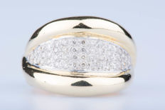 18 kt yellow gold ring with 50 diamonds of approx. 0.50 ct in total