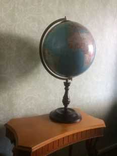 Large beautiful decorative globe approx. 60 cm high on a wooden base