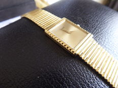 piaget gent's Swiss wrist watches solid heavy gold circa 1980s. ref no 33.