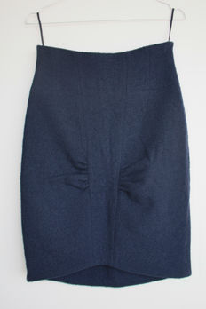 Chanel - vintage pencil skirt with detail
