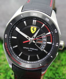 Scuderia Ferrari Mens Grand Premio Stainless Steel Watch - New & Perfect Condition