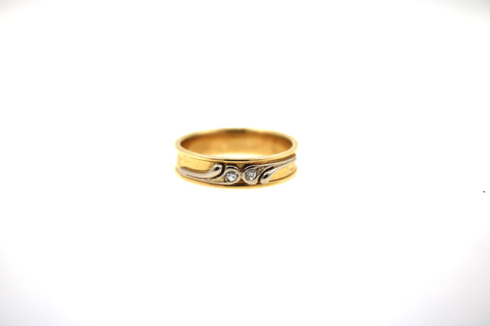 14 kt yellow and white gold brilliant ring with 2 brilliants – size 57 (EU)