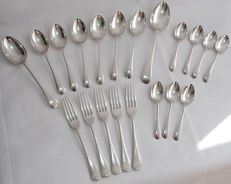 20 Piece Cutlery Set By Richard Richardson England - Late 19th Century