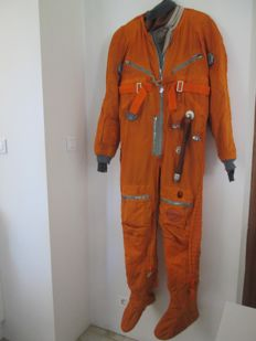 High altitude VMSK 4 complete orange flight suit