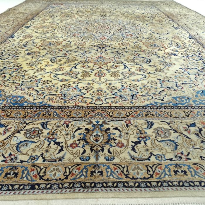 "NAIN – Iran – 382 x 260 cm – ""Persian XXL carpet with silk"" – 2nd half previous century"