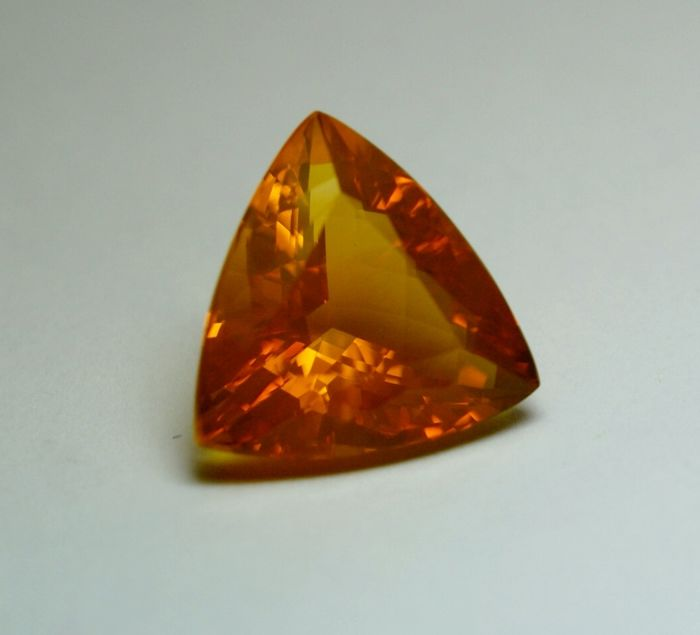 Fireopal, yellow- orange – 11.39ct