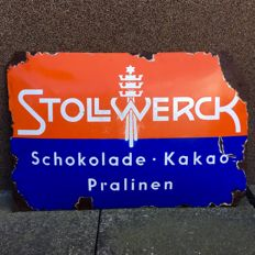 Rare and very difficult to find original porcelain Stollwerck advertising enamel 1920/1930