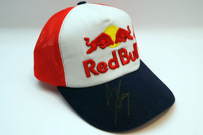 marc marquez signed red bull 93 cap catawiki. Black Bedroom Furniture Sets. Home Design Ideas