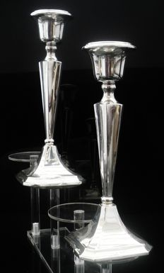 Pair of Silver Candlesticks, Chester 1922, Clark & Sewell (James Clark & John Sewell)