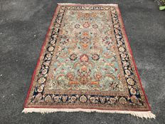 Persian Qom carpet - Oriental carpet - 100% hand-knotted - in perfect condition